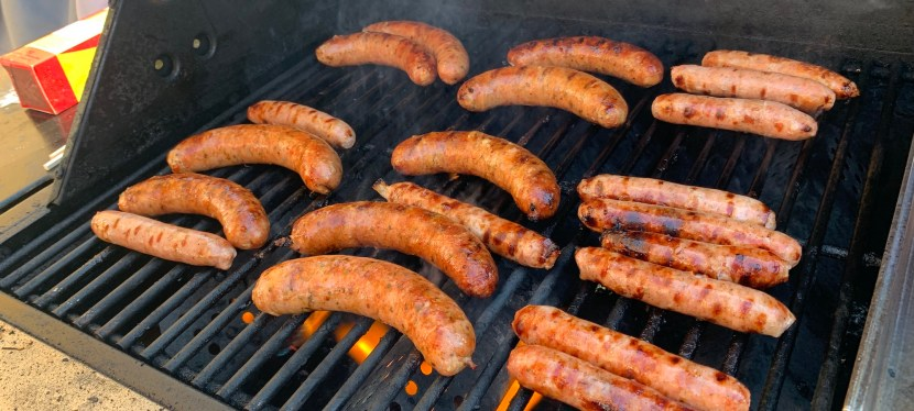 Many Canadians Using Outside Grills for Summer Meals