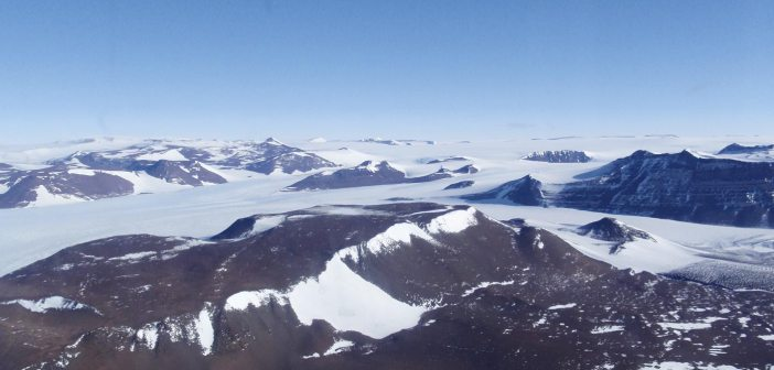 Shackleton Glacier