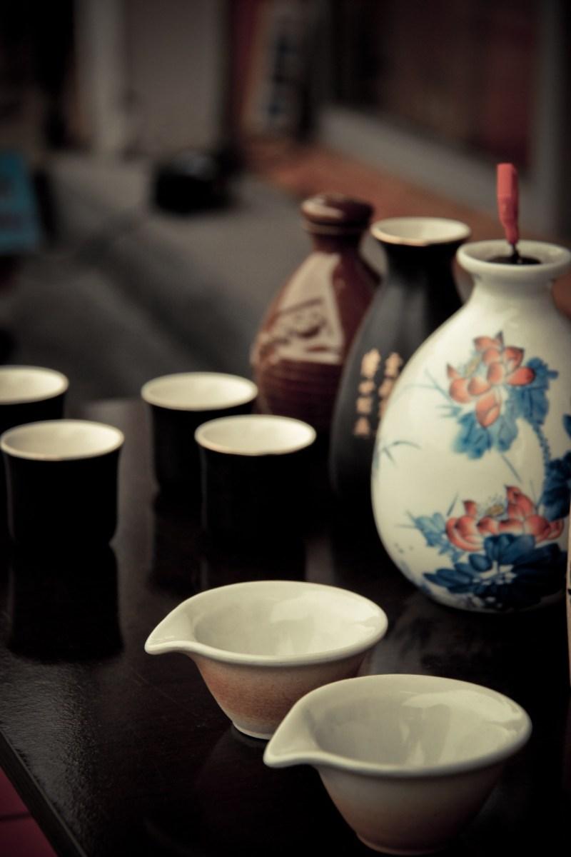 https://pixabay.com/en/bottle-cup-ancient-costume-wine-687147/