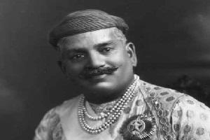 [Image: Sayajirao-Gaekwad-III-Founder-of-Bank-of-Baroda-BoB.jpg]