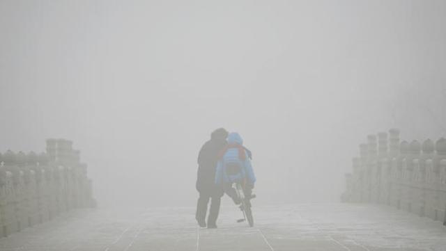 Heavy-smog-Beijing-China