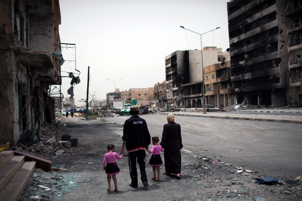 Les rues de Misrata pendant la guerre civile en Libye