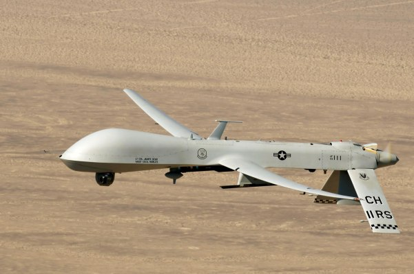 USAF_General_Atomics_MQ-1B_Predator_Surveillance