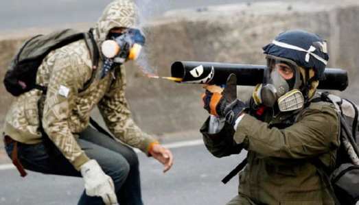 terroristas-guarimberos