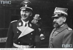 Le Reichsführer et plus tard Chancelier de l'Allemagne nazie Himmler et Kordian Zamorski