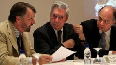 Trois blanchisseurs d'argent : Jorge Castañeda Gutman (ancien ministre des affaires étrangères du Mexique et agent rémunéré de la CIA), Mario Vargas Llosa (écrivain péruvien) et Enrique Krauze Kleinbort (éditeur mexicain).