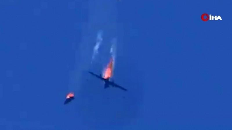 Les systèmes de guerre électronique russes ont fait des drones turcs des cibles pour la défense aérienne syrienne