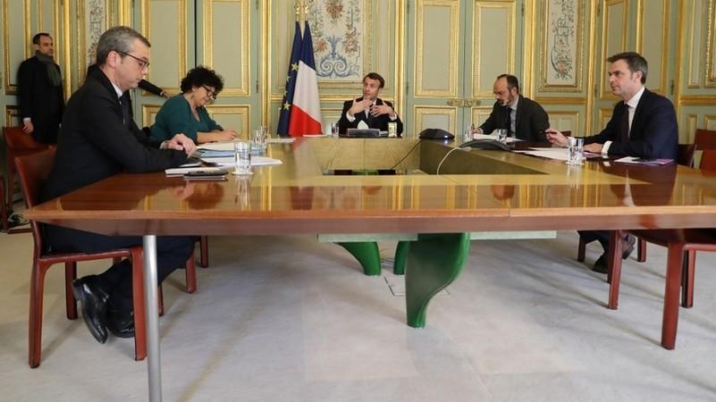 Coronavirus – La confiance des Français dans l'exécutif s'effondre, selon un sondage