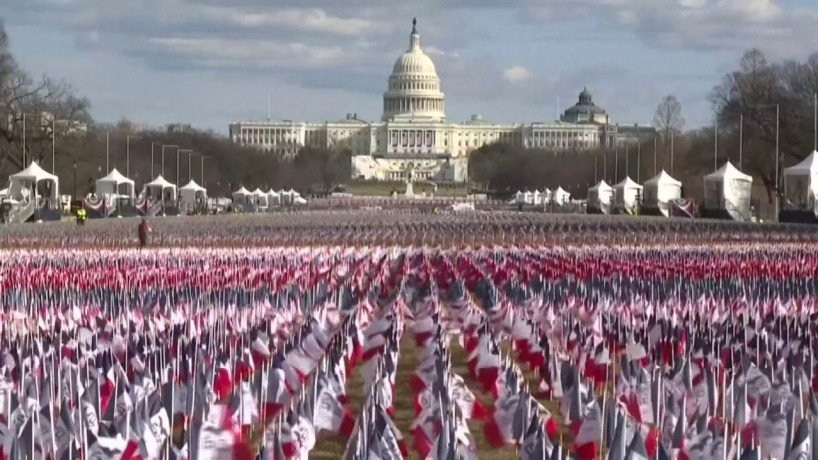 Biden investit les États-Unis sous haute protection militaire