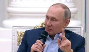 « On n'aurait aucune pitié à l'écraser » : Vladimir Poutine s'adresse aux criminels sur internet