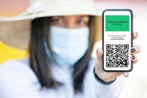 Un témoignage vidéo sur les dangers du certificat sanitaire