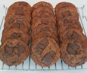 resepi-chewy-dark-chocolate-chunk-cookies