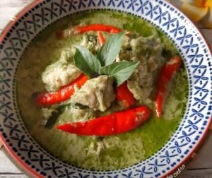 resepi-ayam-masak-kari-hijau-thai