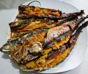 resepi-ikan-cencaru-sumbat-sambal-kelapa