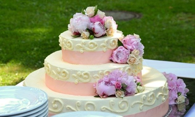 resep wedding cake