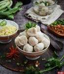 Tips Membuat Bakso Ayam Kenyal dan Enak