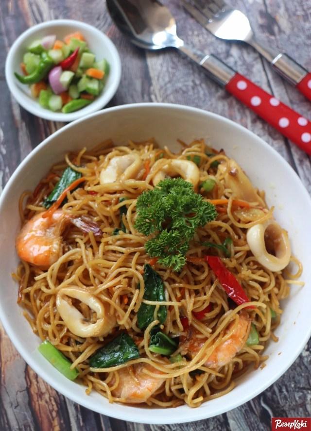 Gambar Hasil Membuat Resep Mie Goreng Seafood