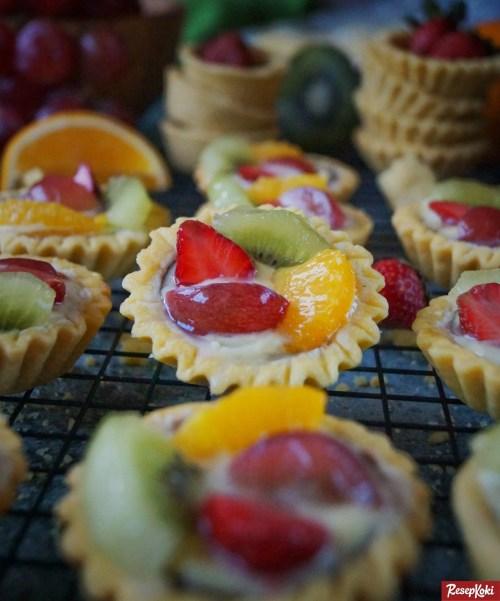 Gambar Hasil Membuat Resep Pie Vla Buah Mini (Fruit Tartlet)
