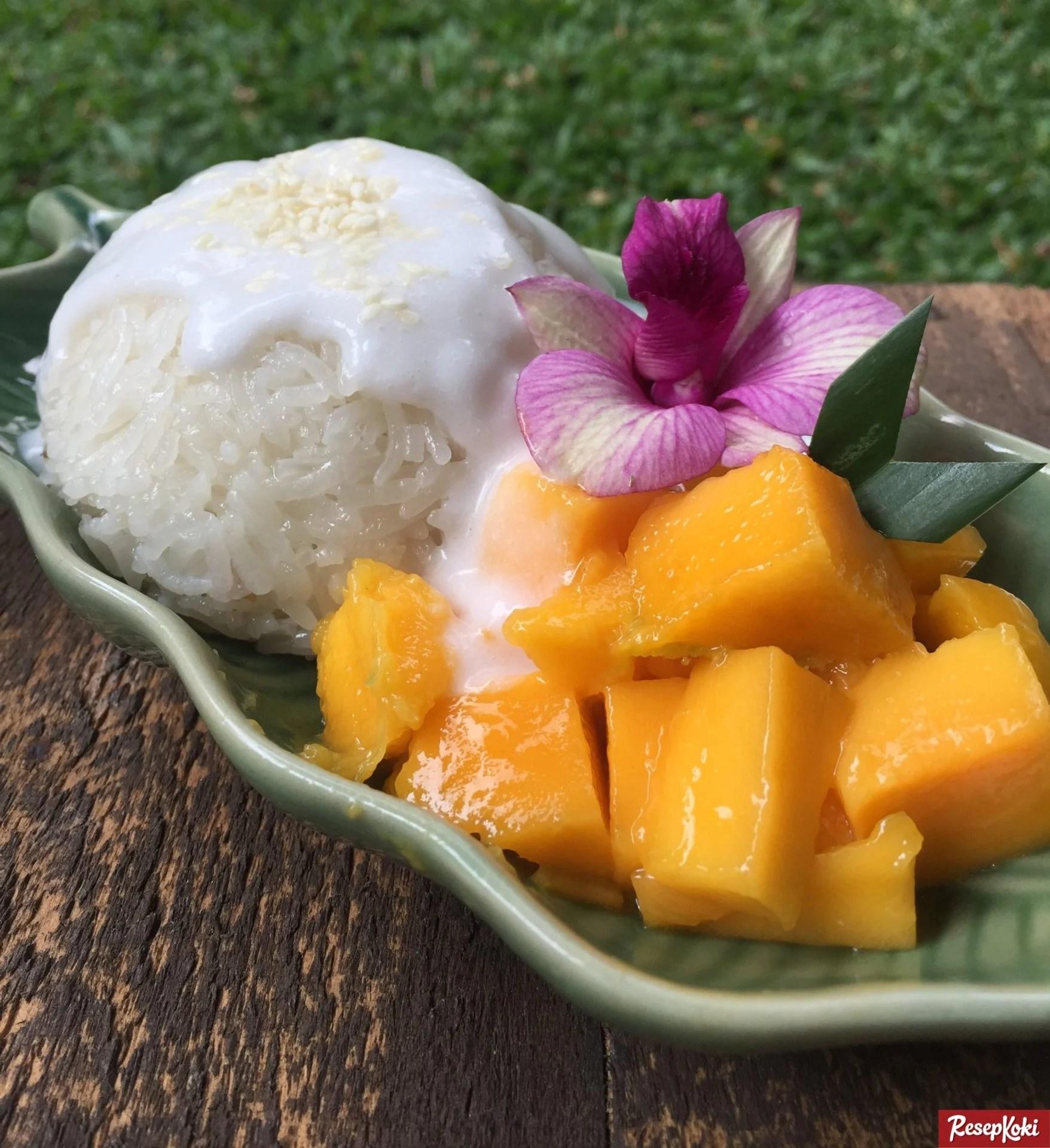 Mango Sticky Rice Jadi Street Food di Thailand yang Pertama Dicoba. Foto: resepkoki.id