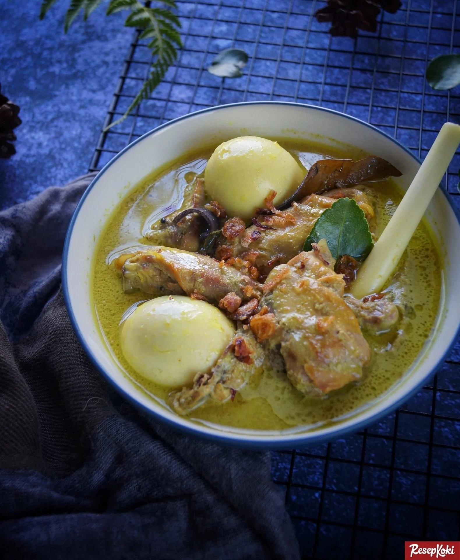 Cara Memasak Opor Ayam Kuning : memasak, kuning, Kuning, Istimewa, Praktis, Resep, ResepKoki