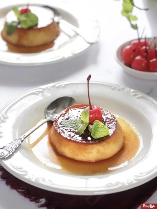 Gambar Hasil Membuat Resep Puding Karamel (Caramel Custard Pudding)