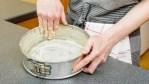 6 Tips Agar Cake Tidak Lengket Di Loyang