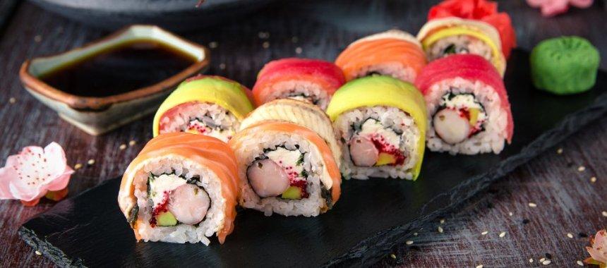 6 Tips Membuat Sushi Lezat dan Berbentuk Cantik Serta Rapi