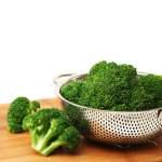 5 Tips Merebus Brokoli Agar Warnanya Tetap Hijau