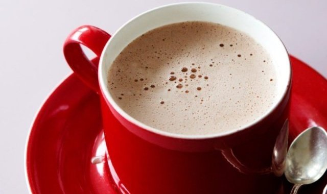 7 Tips Membuat Hot Chocolate Creamy & Kaya Rasa Cokelat