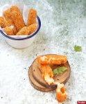 5 Langkah Praktis Membuat Stik Keju Mozzarella yang Lumer nan Renyah