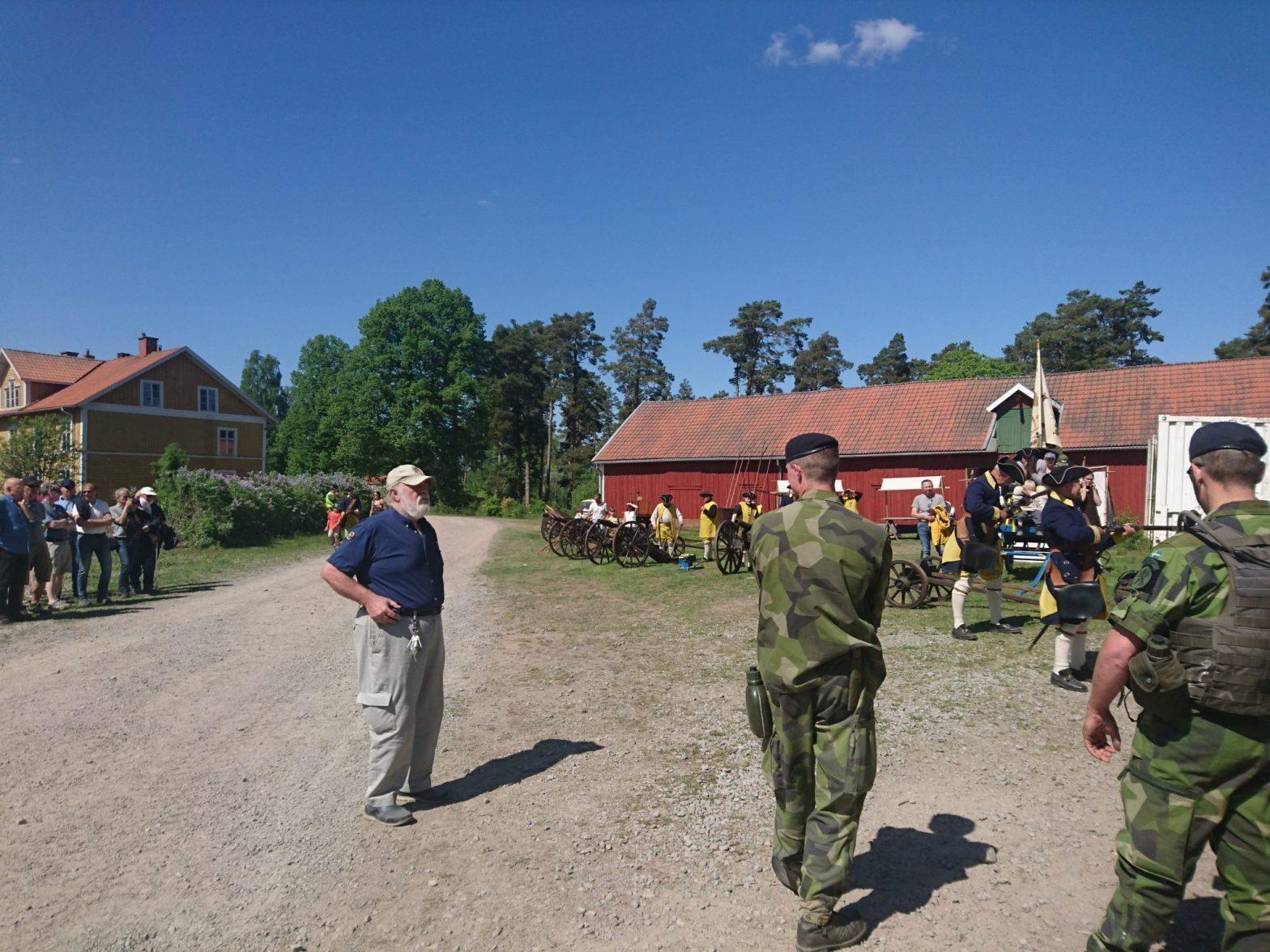 Demonstration av karolinska musketerare Ränneslätt 2018