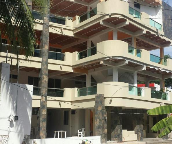 tropical suites los Ayala