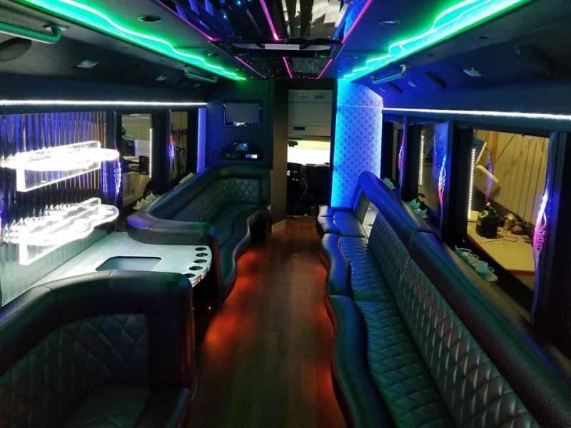 Raleigh Party Bus Reservation Showstopper