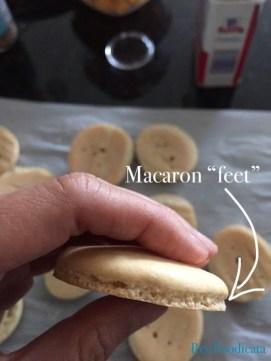 macaron feet