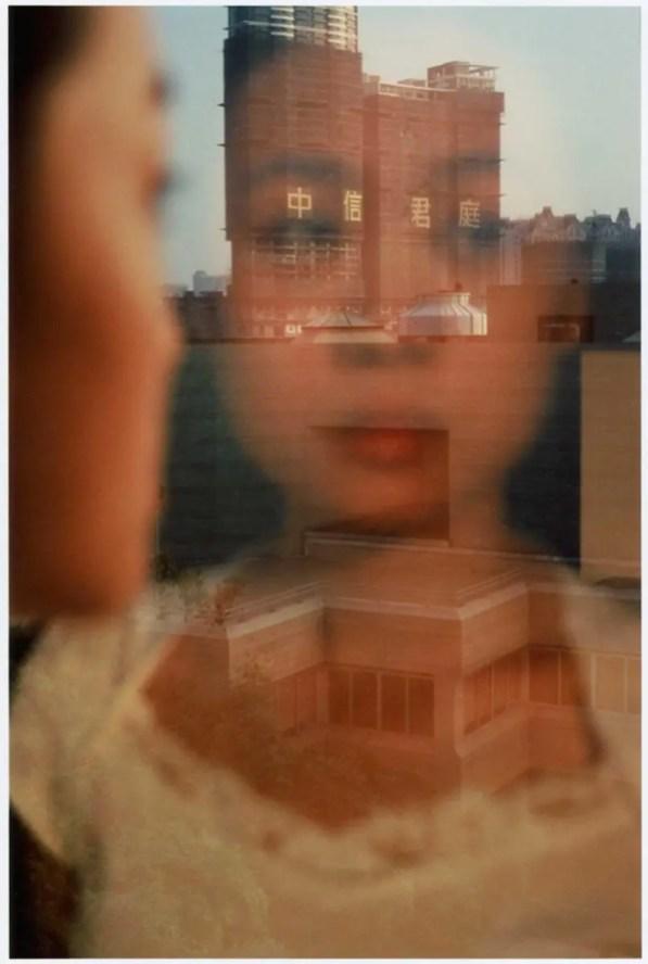 Le-reflet-de-Wei,-Guangzhou,-Chine,-2005,-s+®rie-R+¬ve-d'Orient-par-Fran+ºois-Fontaine