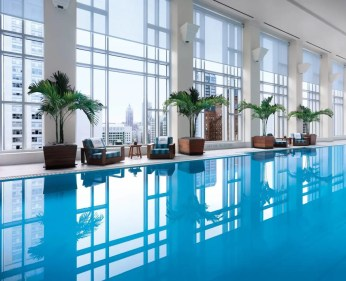 the-peninsula-chicago-piscine-du-spa-the-spa