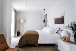 Chambre-Hôtel-Les-Roches-Rouges-©Benoît-Linero-(20)