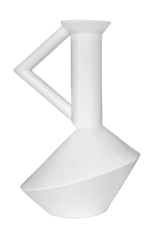 ATELIER-POLYHEDRE---Zag-vase-blanc-en-faience---modele-medium---350e-au-Bon-Marche-rive-gauche