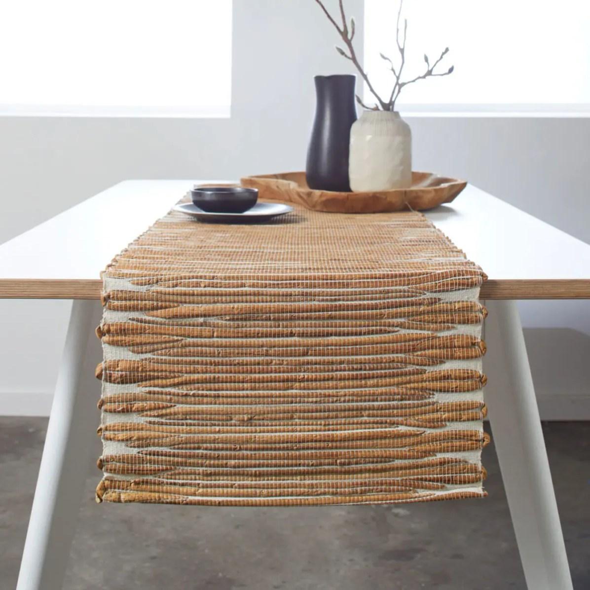 Chemin-de-table-MALAKA_005551_N2_liste