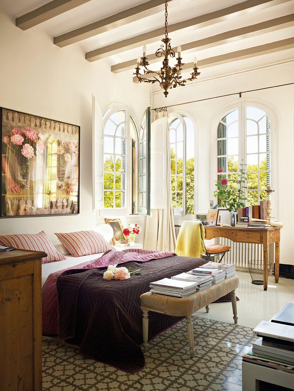 21 Charming & Comfortable Bedroom Interior Design on Comfy Bedroom Ideas  id=44774