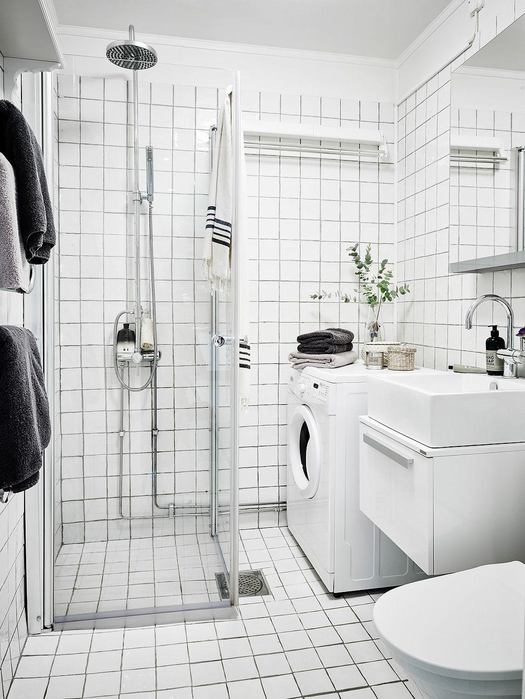 Ideas Small Wall Decorating Bathroom