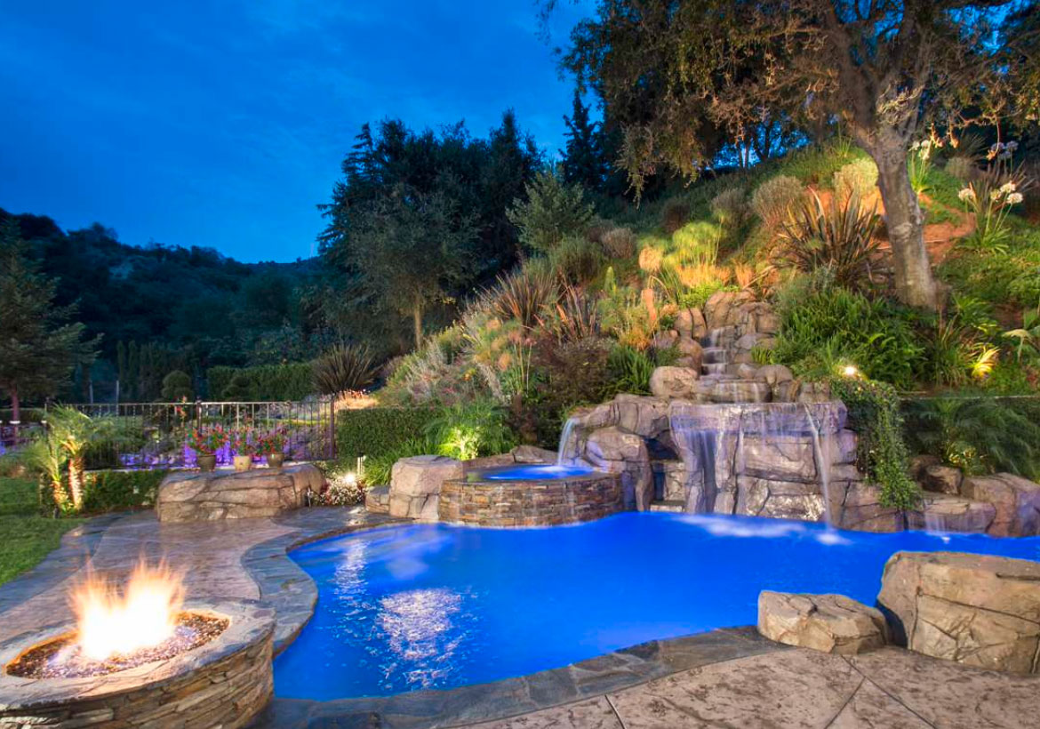 What are the Different Pool Landscape Ideas? » Residence Style on Backyard Pool Landscape Designs id=24832
