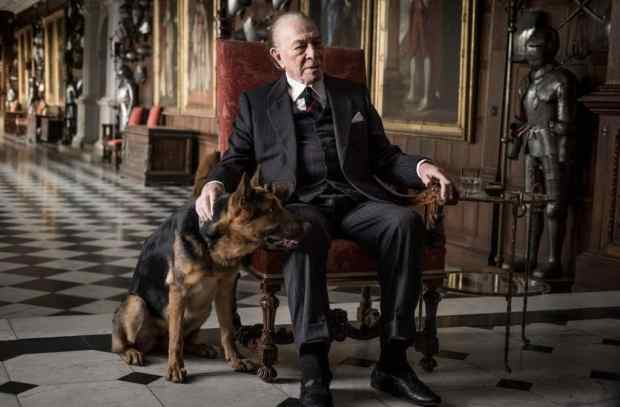 Christopher Plummer plays J. Paul Getty - All The Money In The World Review