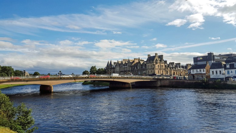 Scotland Continues Positive Rental Growth in April