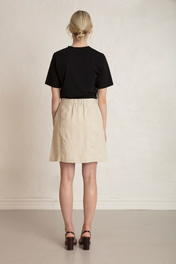 Oak skirt in Sand Stone from the back