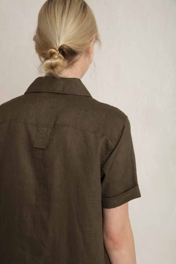 Pine Linen Shirt in Dark Pine