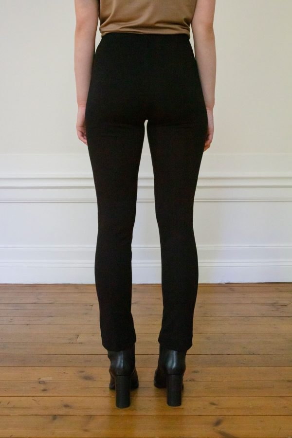 Residus pant Lou Ecovero from the back