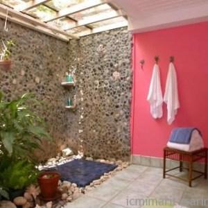 Parlak Ve Renkli Banyo Tasarım Fikirleri (26)