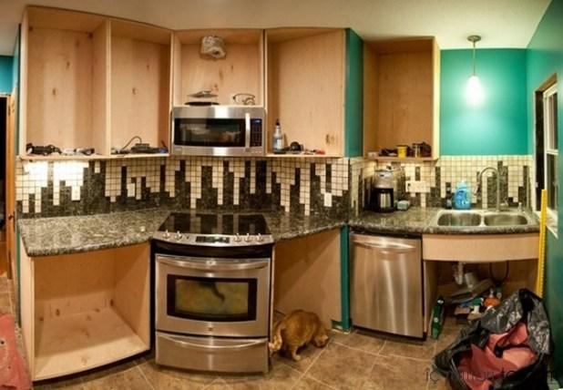 Mozaik-Ahşap-Duvar Kağıtlarıyla-Mutfak-Tasarımları (19)