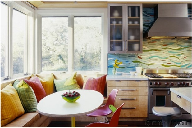 Mozaik-Ahşap-Duvar Kağıtlarıyla-Mutfak-Tasarımları (40)